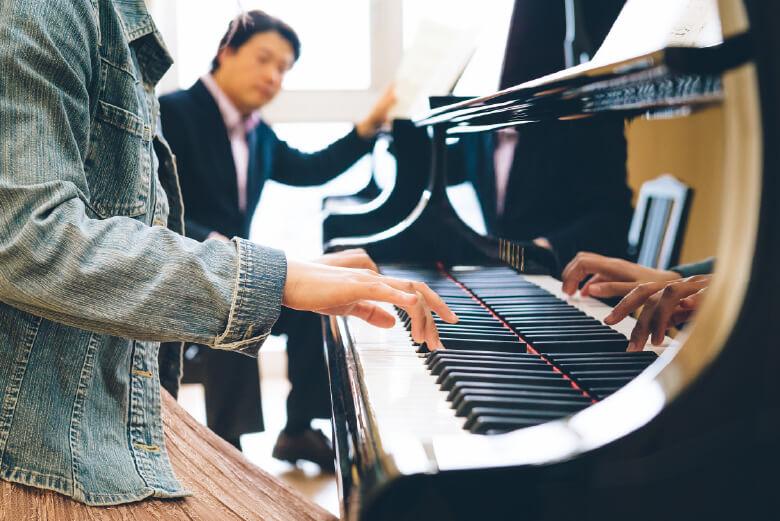 芸術情報学部        Department of Music Expression              音楽表現学科
